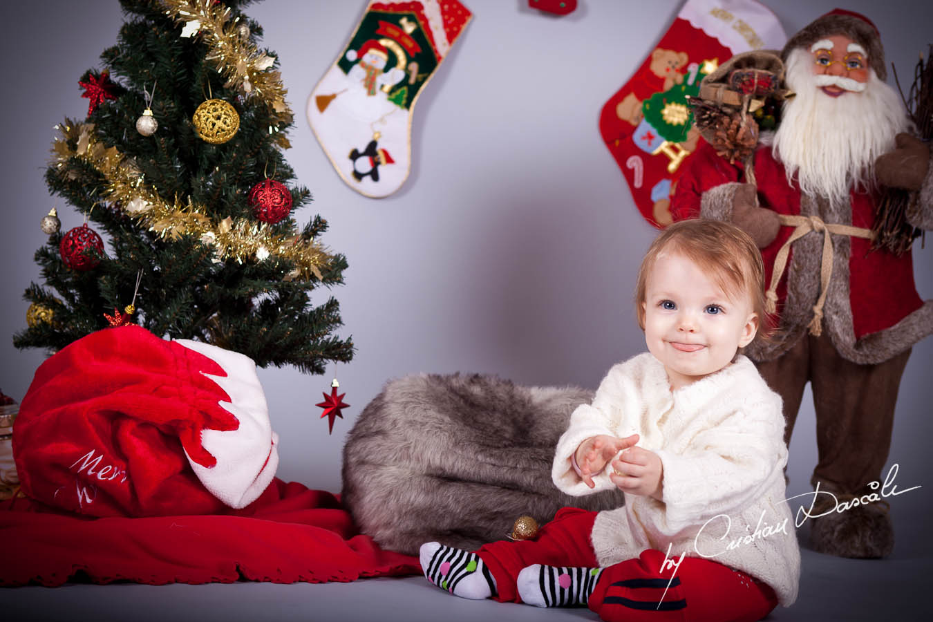 Paula - Christmas Photo Session by Cristian Dascalu - 2011