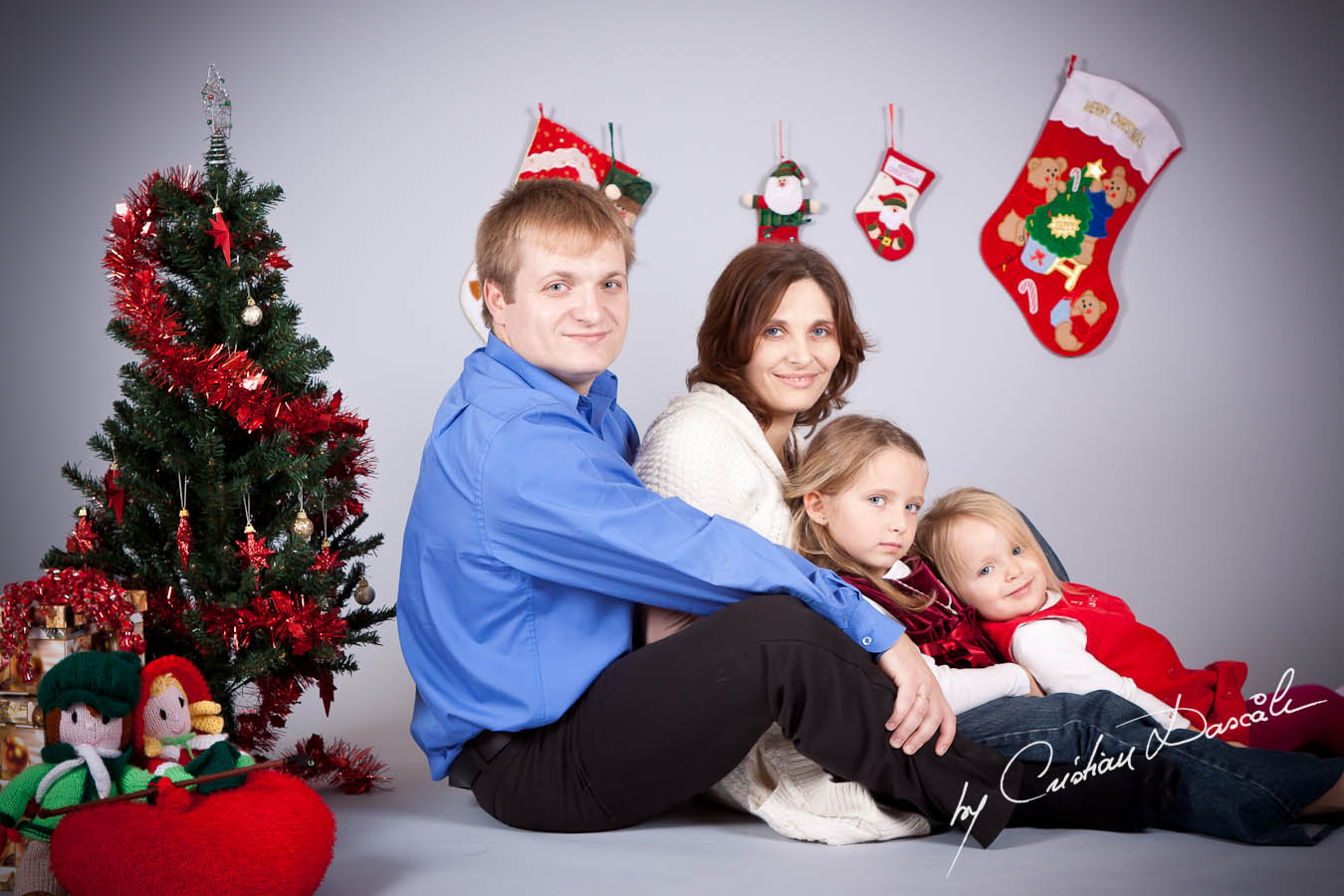 Dicusara Family Christmas Photo Session