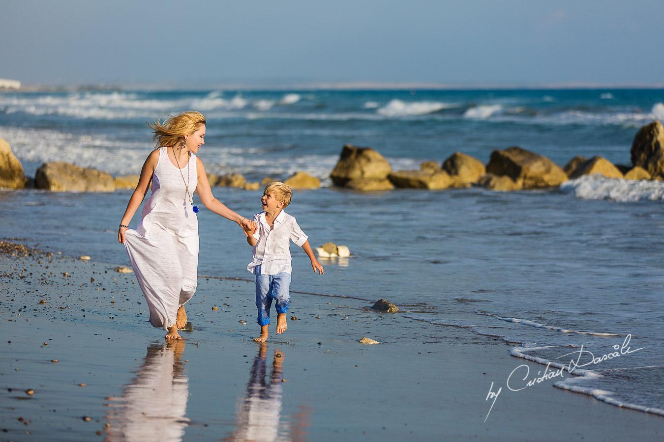 Family Photography at Kurion Beach - 04