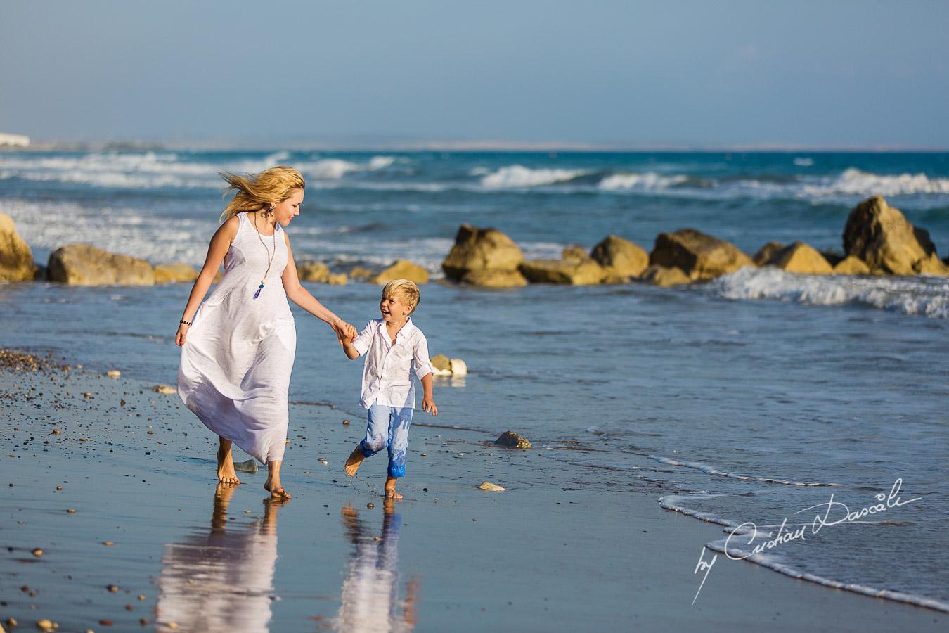 Family Photography at Kurion Beach - 05