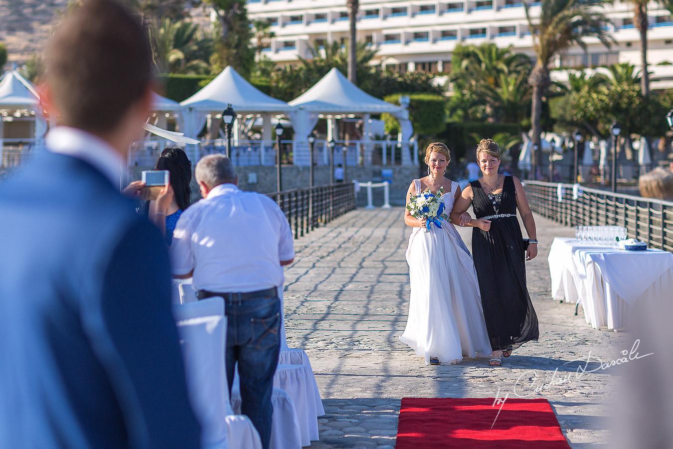 Bride arrival at Elias Beach Hotel in Limassol