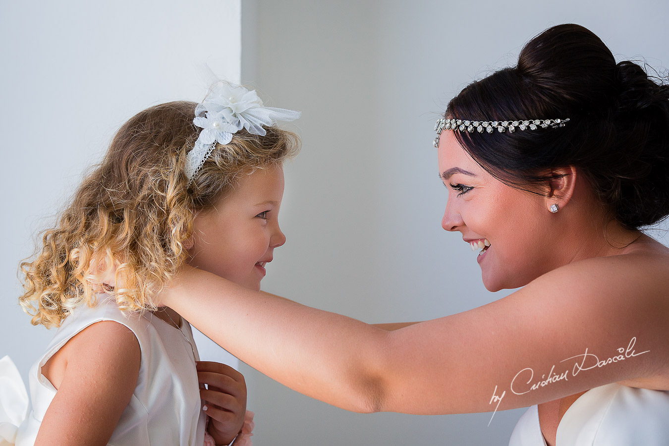 Beautiful bride Amy & her daughter Eva posing before her wedding ceremony at King Evelton Beach and Resort.
