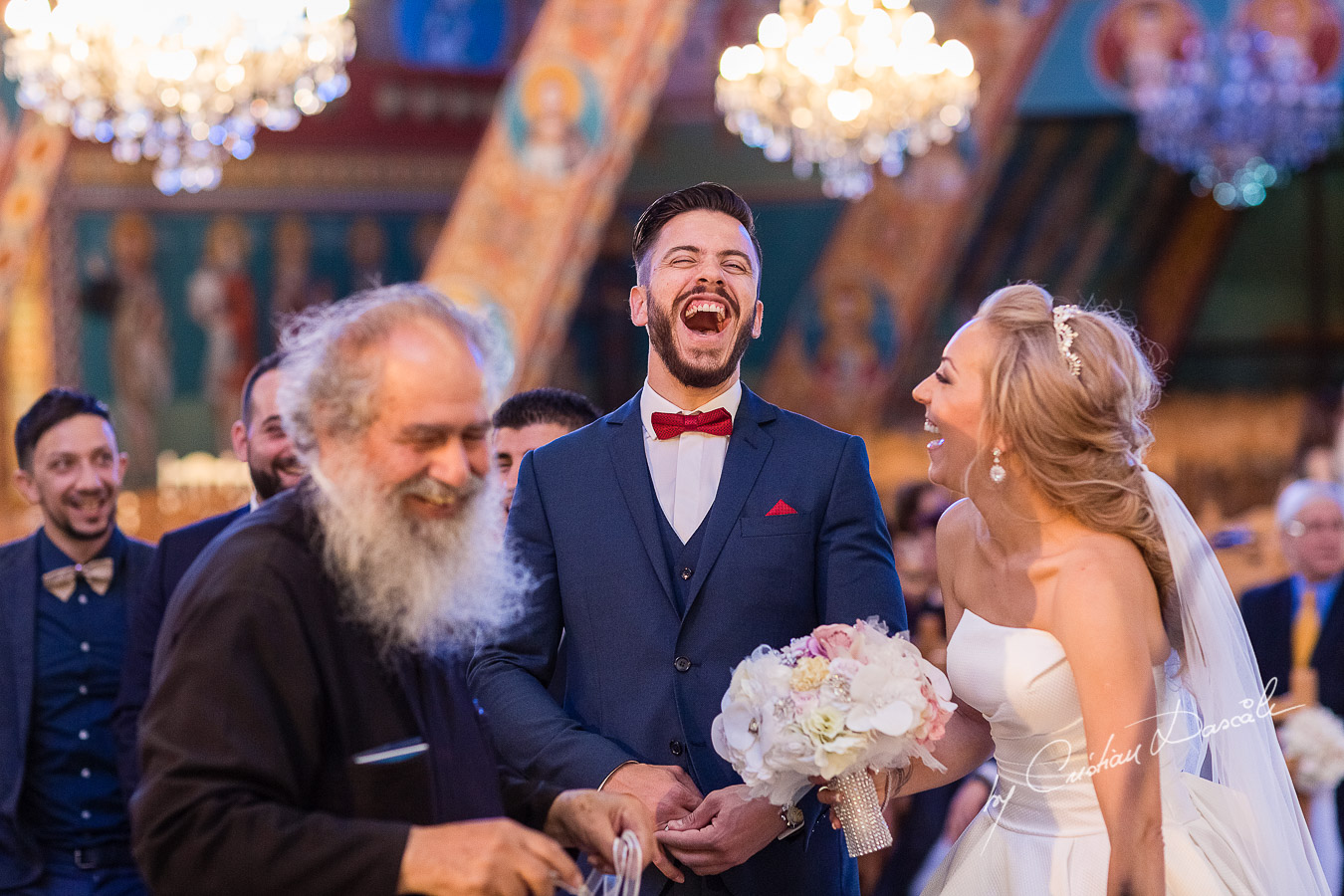 Funny moments photographed at a wedding in Nicosia by Cyprus Wedding Photographer Cristian Dascalu