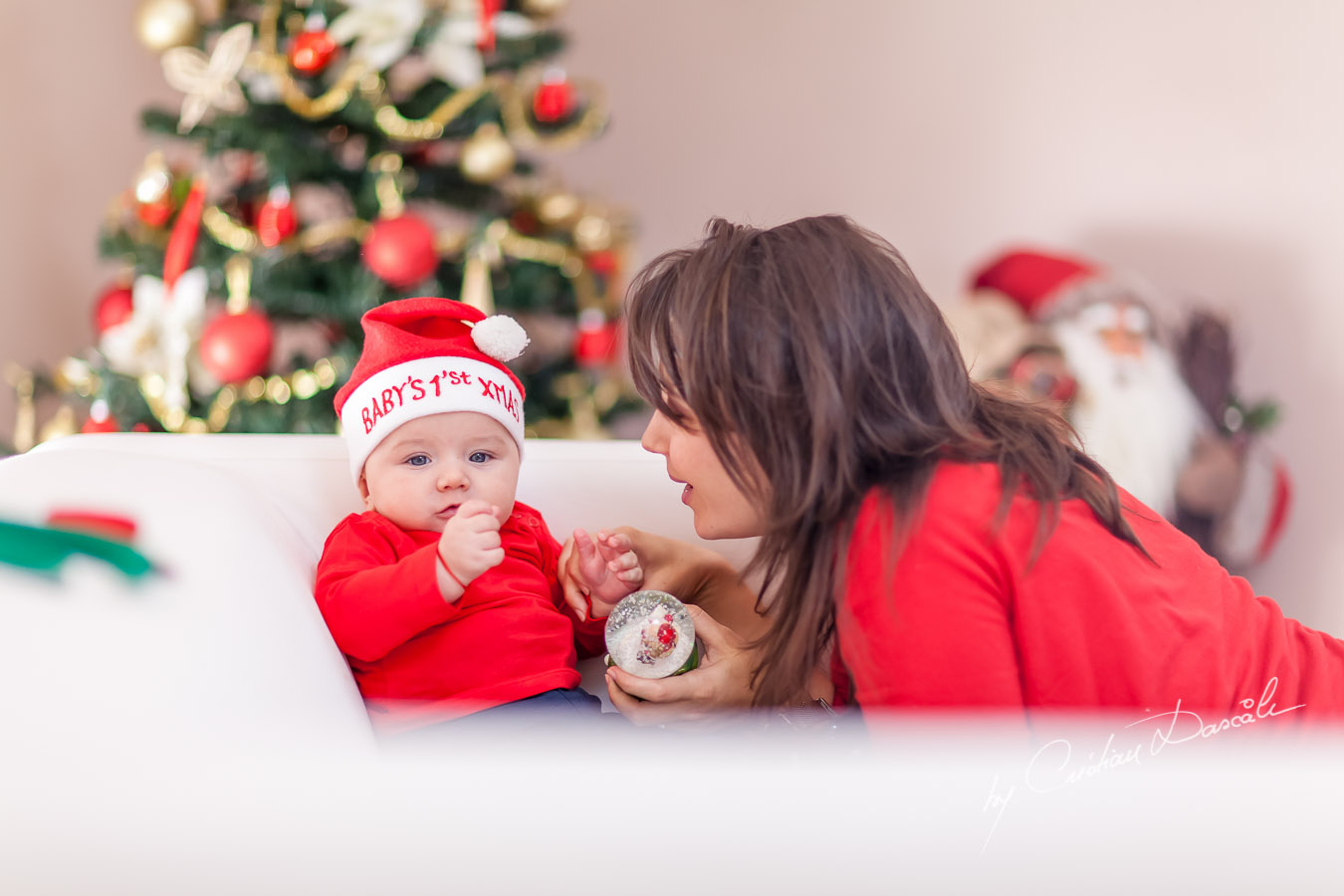 Christmas Family Photos in Cyprus. Photographer: Cristian Dascalu