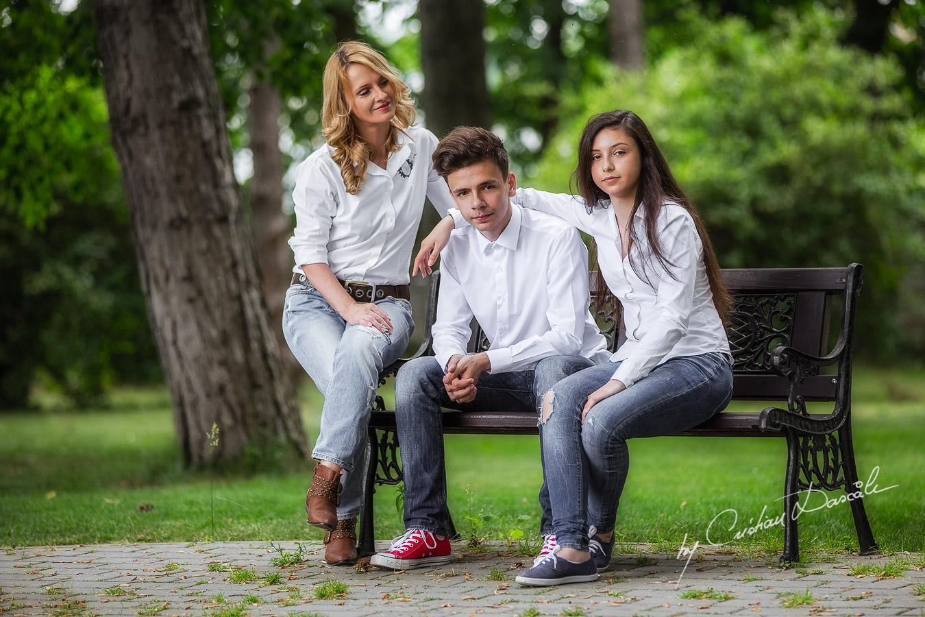 Beautiful Family Photo Session - 09