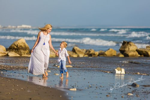 Family Photography at Kurion Beach | The perfect gift