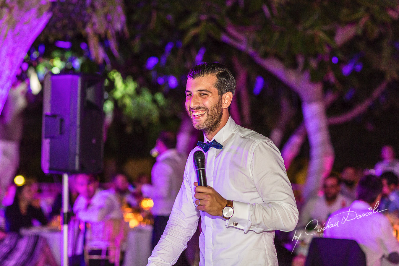 Moments captured during an elegant and romantic wedding at Elias Beach Hotel by Cristian Dascalu.