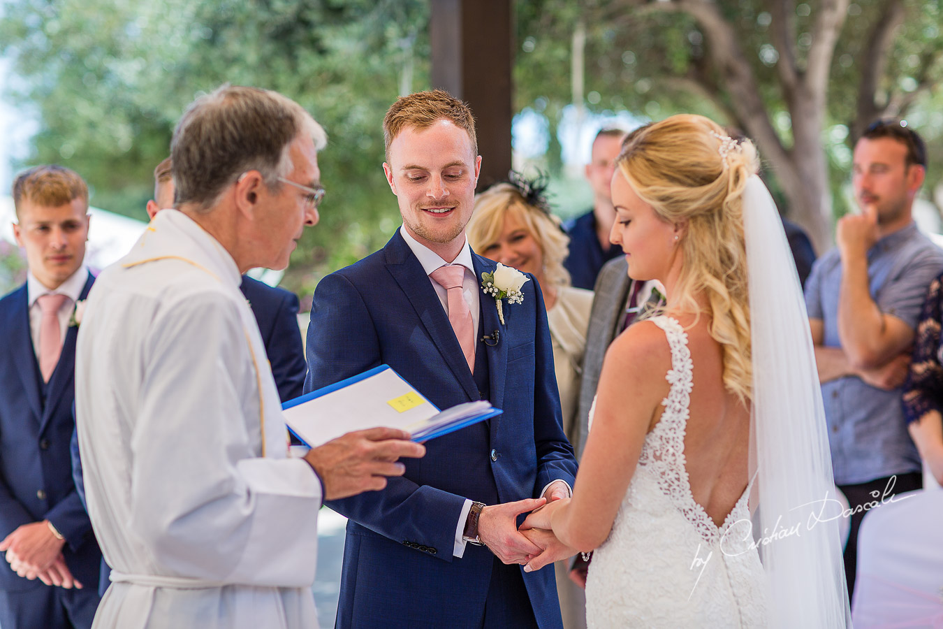 Beautiful wedding ceremony moments at Aphrodite Hills Resort in Cyprus, captured by photographer Cristian Dascalu.
