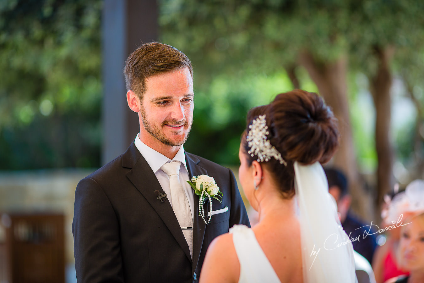 Beautiful moments captured by Cristian Dascalu during an elegant Aphrodite Hills Wedding in Cyprus.